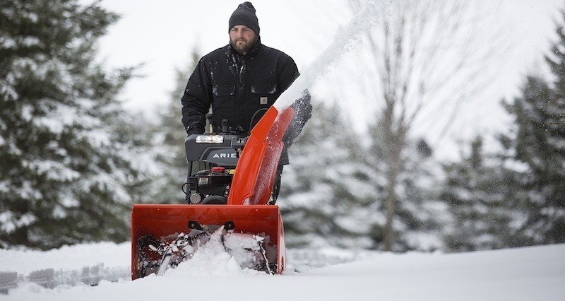 Troy Bilt Snow Blower Reviews Model Squall 208cc Buying Guide